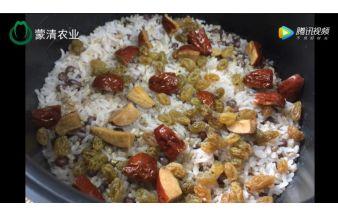 亚博老虎机平台yabovip01:椰香红枣杂粮饭